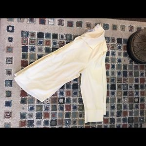 Chico's No Iron Yellow and White Size 2